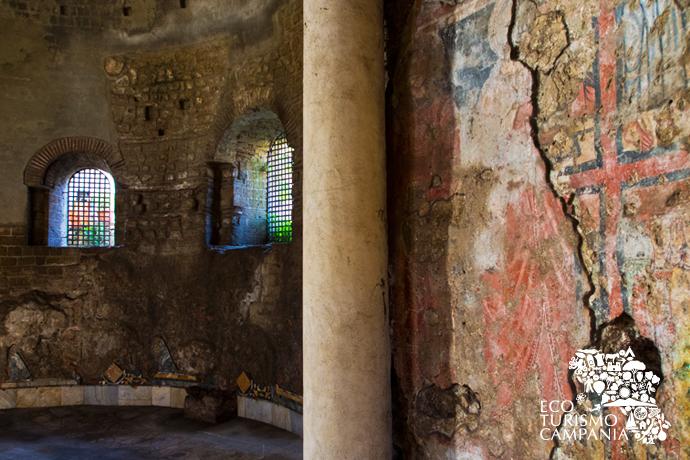 Abside della Basilica Paleocristiana dei SS Giovanni Battista ed Evangelista, Cimitile (ph Gianfranco Adduci)