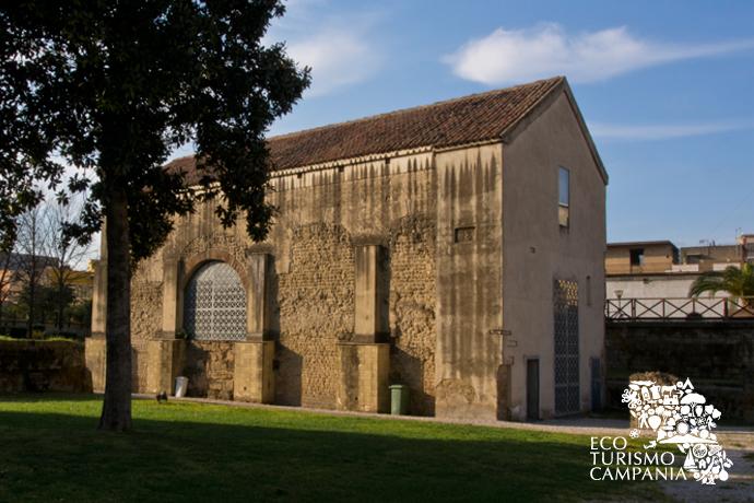 La fiancata della Basilica di Santo Stefano, Cimitile (ph Gianfranco Adduci)