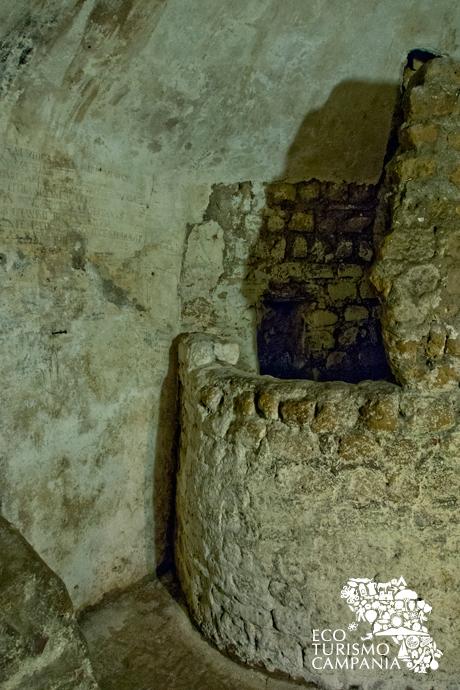 La fornace che avrebbe bruciato San Gennaro, Basiliche Paleocristiane di Cimitile (ph Gianfranco Adduci)