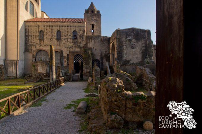 "La Basilica ""vetus"" di San Felice a Cimitile"