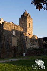 Il campanile della Basilica di San Giovanni, Cimitile (ph Gianfranco Adduci)