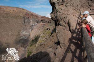 Escursione sul cratere del vulcano Vesuvio (ph Gianfranco Adduci)