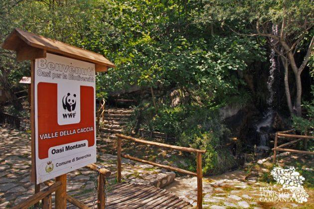 L'ingresso dell'Oasi WWF Valle della Caccia, a Senerchia, in Irpinia (ph Gianfranco Adduci)