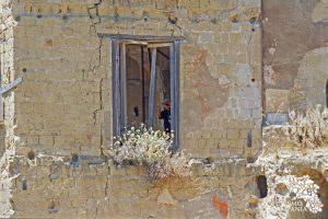 I ruderi di una casa sulla collina del Parco del Pausylipon