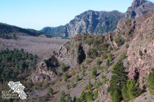 La Valle dell'Inferno vista dai cognoli del Monte Somma (ph Umberto Saetta)