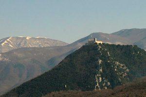 Panorama dei Monti Picentini con il Santuario del SS Salvatore, a Montella