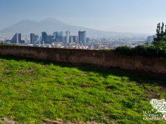 Panorama di Napoli dal borgo del Moiariello sulla collina di Capodimonte (ph Gianfranco Adduci)