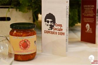 Le pacchetelle del pomodorino Pizzino della Cooperativa Giancarlo Siani