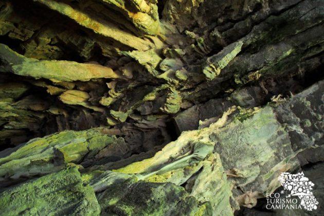 Una delle volte delle grotte del Bussento a Morigerati (ph Gianfranco Adduci)
