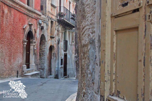 Centro storico di Caggiano (ph Gianfranco Adduci)
