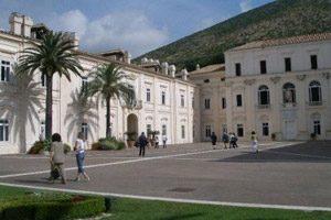 Piazza della Seta - Belvedere San Leucio