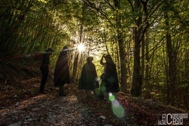 A compagnia re 'u caso nei boschi del Cervati