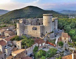 Castello e borgo medievale di Riardo