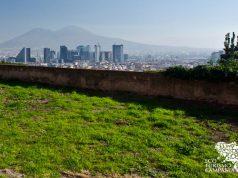 Panorama sulla città di Napoli dalla collina del Moiariello (ph Gianfranco Adduci)