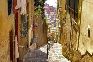 Scale del Petraio a Napoli