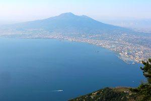 Panorama sul Golfo di Napoli dal Monte Faito