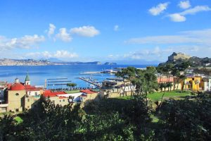 Panorama di Bacoli dalle terme romane di Baia (foto di Antonio Cocozza)