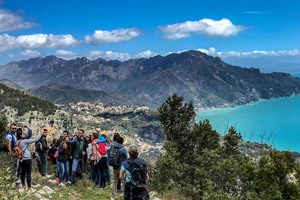 Pasquetta rupestre sui monti della Costiera Amalfitana