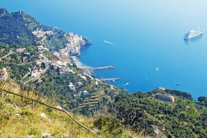 trekking in discesa da Agerola ad Amalfi