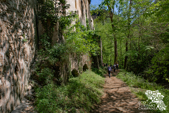 Sentiero nella Valle dei Mulini (ph Gianfranco Adduci)
